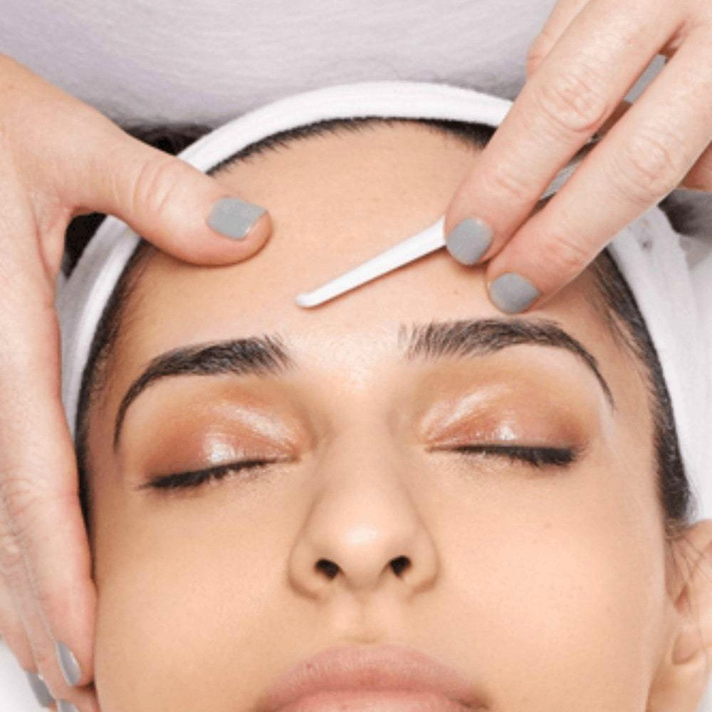 Dermaplaning Facial Course